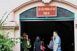 Triệu tập 191 phụ huynh có con được nâng điểm tới phiên xử vụ nâng điểm thi ở Hà Giang