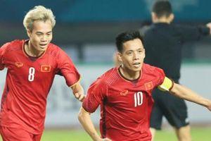 Top vua phá lưới V.League: Văn Quyết, Quang Hải tăng tốc