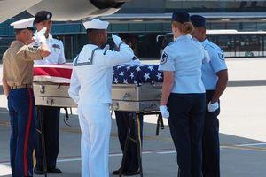 Bàn giao 2 bộ hài cốt quân nhân Mỹ mất tích trong chiến tranh Việt Nam