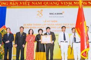 BAC A BANK đón nhận Huân chương Lao động hạng Ba