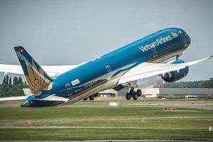 Boeing 787 của Vietnam Airlines gặp sự cố hạ càng