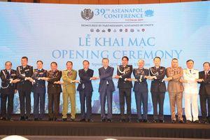 Thúc đẩy hợp tác đấu tranh chống tội phạm xuyên quốc gia