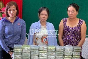 Bắt 3 'nữ quái' trong vụ án 80 bánh heroin