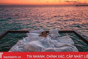 Dưới là đại dương, trên là trăng sao - đây có thể là nơi ngủ đẹp nhất thế giới