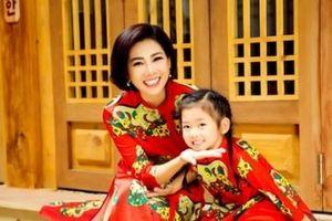 Con gái là động lực giúp Mai Phương chống chọi bệnh ung thư phổi