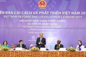 Thủ tướng Nguyễn Xuân Phúc chia sẻ về một Việt Nam không ngừng mơ ước