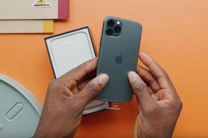 Đánh giá nhanh iPhone 11 Pro Max của một người đi Singapore mua iPhone