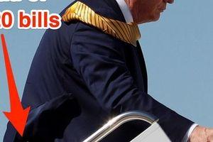 Nắm tiền trong túi quần Tổng thống Trump