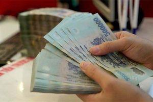 Cần tiền, một 'sếp' của Hòa Phát 'bán đứt' cả triệu cổ phiếu thu về hàng chục tỷ đồng