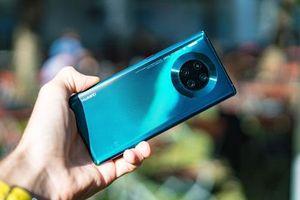 Trên tay Huawei Mate 30 Pro, giá hơn 28 triệu đồng