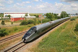 Ưu tiên xây dựng đường sắt tốc độ cao TP. HCM đi sân bay Long Thành trong giai đoạn 2021-2030