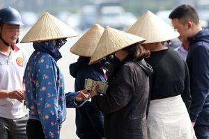 Vé trận Việt Nam vs Malaysia trên thị trường chợ đen đã bị 'thổi' đến mức nào?