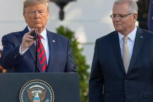 Muốn đạt thỏa thuận với Trung Quốc nhưng ông Trump vẫn hành động khó hiểu