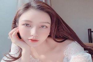 'Mục sở thị' kho hàng hiệu đáng mơ ước của người đẹp hội con nhà giàu Vicky Lam Cúc