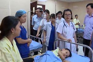 Thêm 4 người nhập viện nghi do ngộ độc thực phẩm