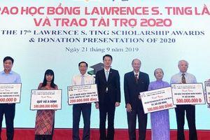 Trao gần 8,5 tỷ đồng học bổng Lawrence S. Ting cho học sinh nghèo
