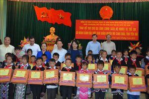 Phó Chủ tịch nước Đặng Thị Ngọc Thịnh thăm, làm việc tại Mù Cang Chải, Yên Bái