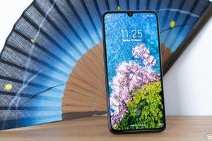 Top smartphone sạc nhanh, pin 'trâu', giá dưới 8 triệu đồng