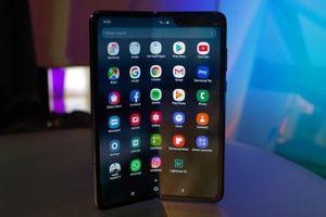 Samsung Galaxy Fold bất ngờ xuất hiện tại Việt Nam