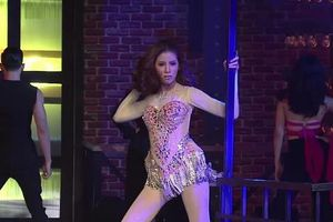 Nữ diễn viên Thái Lan hát nhép hit của Britney Spears