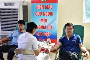 CNVC-LĐ dệt may hiến máu cứu người