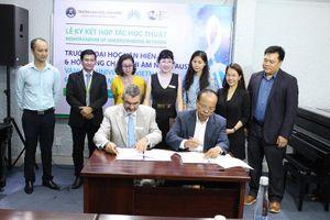 Trường ĐH Văn Hiến gia tăng hợp tác, trao đổi học thuật với quốc tế