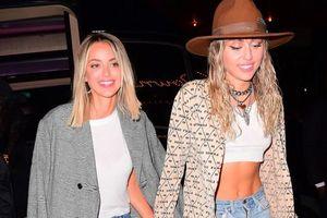 Miley Cyrus chia tay bạn gái Kaitlynn Carter chỉ sau 6 tuần hẹn hò