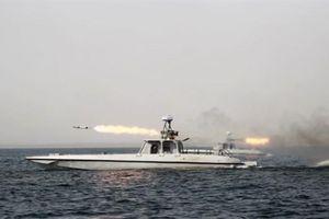 Iran tập trận với Nga, Trung