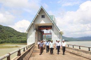 Ðảm bảo tiến độ và an toàn công trình thủy lợi, thủy điện trước mùa mưa lũ ở Quảng Trị