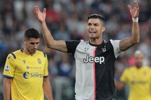 Cristiano Ronaldo 'nổ súng', Juventus thắng kịch tính trước Verona