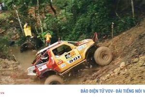 40 đội thi tranh tài tại giải đấu xe địa hình Tây Côn Lĩnh