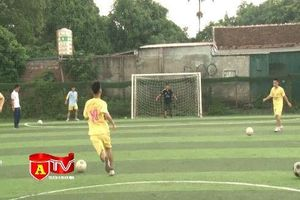Các đội bóng tích cực tập luyện cho Giải bóng đá học sinh THPT Hà Nội