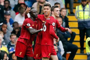 Liverpool kéo dài mạch thắng tại giải Ngoại hạng