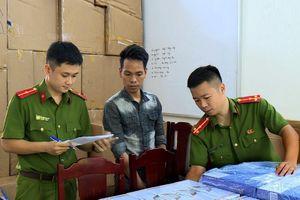 Công an thành phố Thanh Hóa bắt giữ 21.900 bao thuốc lá lậu