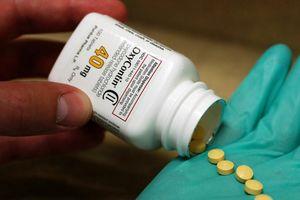 Công ty dược biến trăm nghìn người Mỹ thành con nghiện