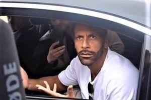 Ferdinand tranh cãi với CĐV MU sau thất bại của đội nhà