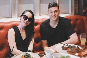 Văn Lâm đi ăn trưa cùng diễn viên múa Linh Nga