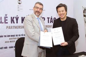 Hội đồng Khảo thí Âm nhạc quốc gia Úc AMEB có mặt tại Việt Nam