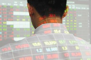 Gần 4 tỷ xử phạt thao túng chứng khoán 9 tháng: Gọi tên cổ phiếu nào?