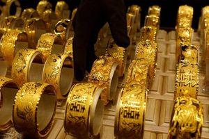 Giá vàng tuần này tăng không ngừng?