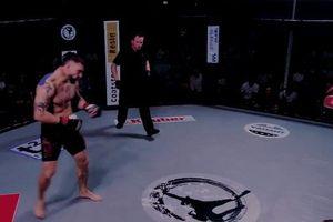 Chớp thời cơ cực nhanh, anh chàng võ sĩ giành chiến thắng chóng vánh đến khó tin