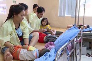 Vụ hơn 80 trẻ mầm non nhập viện ở Phú Thọ: Còn 2 trẻ nằm viện, nhiều trẻ chưa đến trường