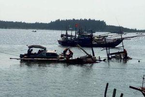 Tìm thấy thi thể mất tích trong vụ cháy tàu cá trong đêm