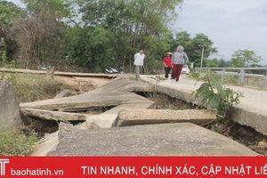 Kè sông sạt lở nghiêm trọng, người dân Lộc Yên bất an!