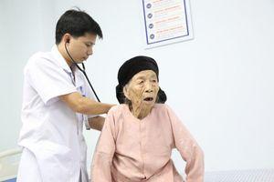 Phú Thọ: Cứu sống thần kỳ cụ bà 101 tuổi bị nhồi máu cơ tim