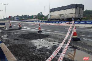 Cao tốc Đà Nẵng-Quảng Ngãi lại hư hỏng: Điệp khúc vá sửa lại tiếp diễn