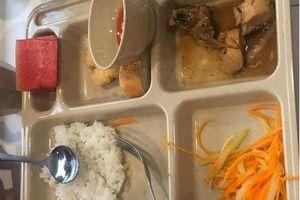 Học sinh của Trường Quốc tế Việt Úc đau bụng, nôn ói sau khi ăn trưa