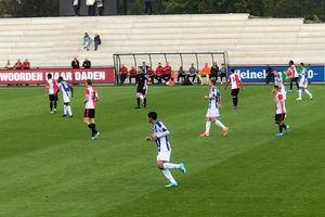 Văn Hậu đang đá bị thay ra, đội 2 SC Heerenveen suýt thua trước Feyenoord B