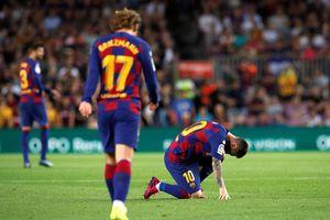 Messi và Griezmann phối hợp ăn ý giúp Barca hạ Villarreal
