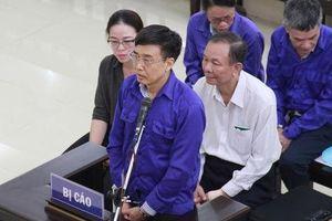 Cựu thứ trưởng Lê Bạch Hồng lĩnh án 6 năm tù, bồi thường 150 tỉ đồng